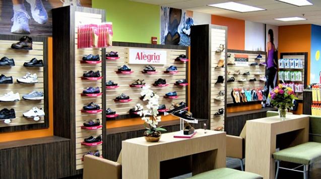 Featured_FootFriendlyShoeStore